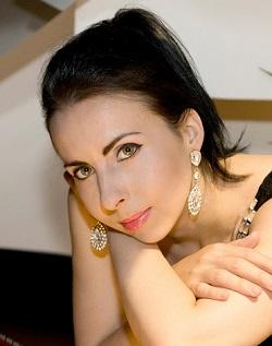 Tania Stavreva, pianist / composer